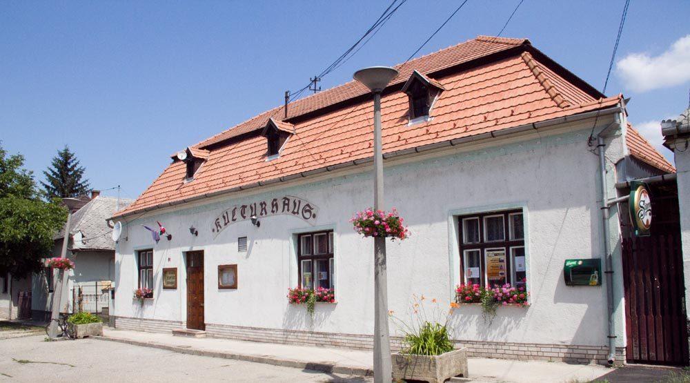 József Attila Művelődési Ház